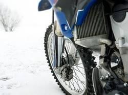 Medidas que el amante de la moto debe seguir con el cambio a la estación fría
