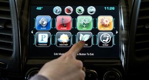 Las aseguradoras potenciarán los coches conectados y el pago por uso