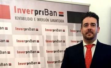 """-""""Los inversores españoles buscan valores seguros ante la incertidumbre bursátil y política""""-"""