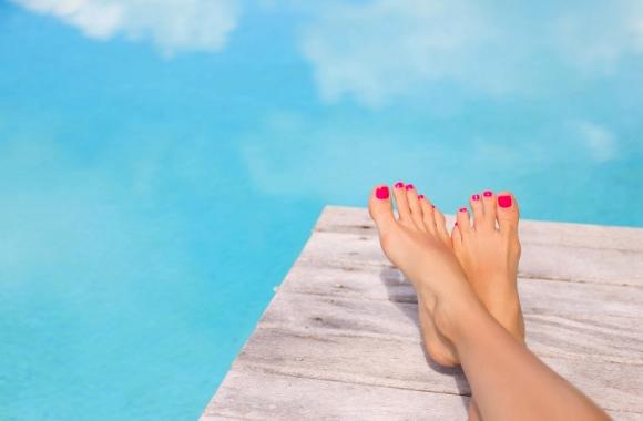 ¿Cómo proteger y cuidar nuestras uñas en verano?