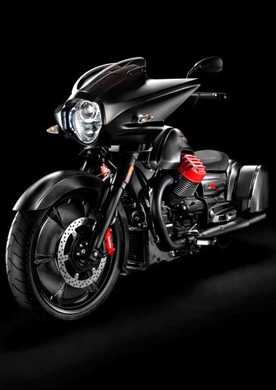 Llega al mercado la Moto Guzzi MGX-21, la mas moderna y futurista de la marca italiana