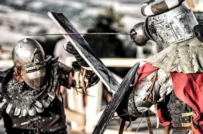 El combate medieval, un nuevo deporte que irrumpe con fuerza en España