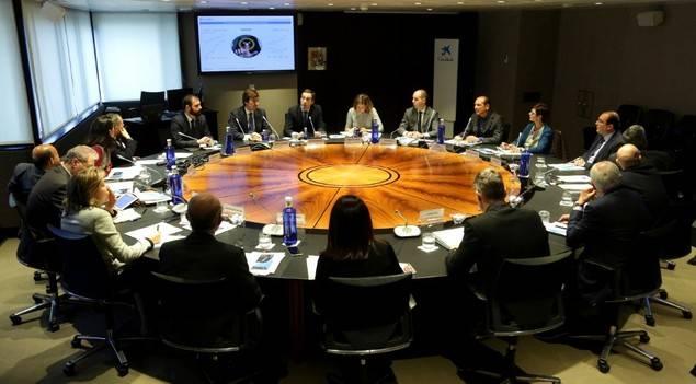 Gonzalo Gortázar comparte los últimos hitos corporativos con el Comité Consultivo de accionistas de CaixaBank