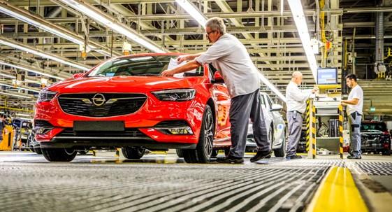 Opel inicia la producción del nuevo Opel Insignia