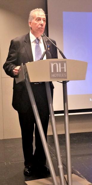 En la imagen, Pedro Valladolid durante un momento de su discurso de agradecimiento.