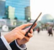 Los usuarios utilizan cada vez más el móvil como medio de comunicación con las empresas