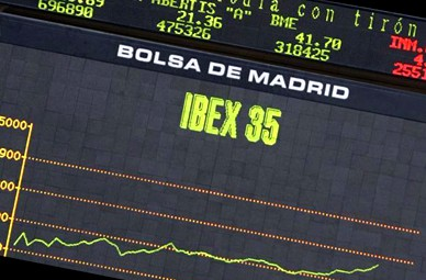 Los bancos llevan al Ibex a perder -0,39% en la primera sesión de la semana