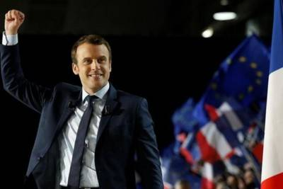 Macron tiene el voto prestado, por eso no tiene legitimidad