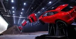"""El nuevo Jaguar E-Pace da un paso más y """"levanta el vuelo"""""""