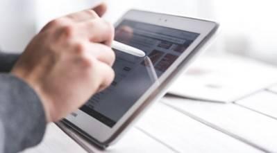 El 60% de los directivos españoles cree que las compañías están dejando en un segundo plano a las personas en favor de la tecnología