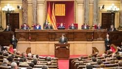 ¿Es correcta la estrategia de actuación en Cataluña?