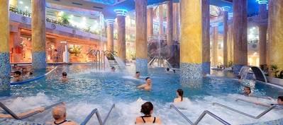 El lujoso Hotel Balneario es el más grande de agua salada de Europa y el destino más demandado de la paradisíaca provincia de Castellón.