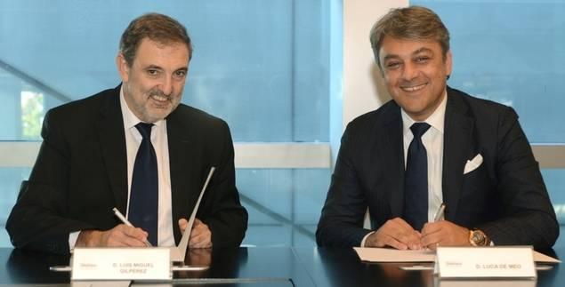 De izquierda a derecha: Luis Miguel Gilpérez, Presidente de Telefónica España, y Luca de Meo, Presidente de SEAT.