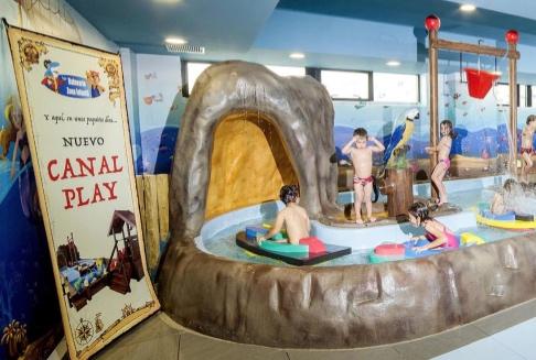 La nueva zona kids del Balneario es un espacio acuático y lúdico, especial para niños de 0 a 5 años y totalmente adaptado a sus necesidades.