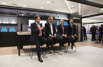 El Corte Inglés y Samsung abren en el centro de Callao la mayor tienda de experiencia tecnológica