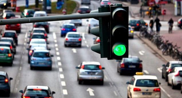 Ciudades inteligentes que predicen el tráfico y mejoran la circulación