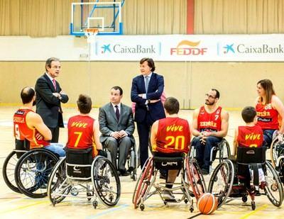 Acto acuerdo CaixaBank - FEDDF con Jordi Gual, presidente de CaixaBank.
