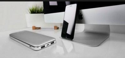 Los usuarios necesitan de media tres accesorios móviles para su smartphone