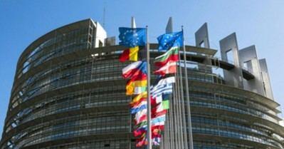 El PE pide evitar una guerra comercial y afrontar en vez el exceso de capacidad en el mercado