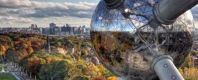 Bruselas pide reformar la fiscalidad societaria para los grandes negocios 'on line'