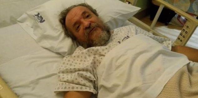 Vladimir Kokorev en el lecho de su cama hospitalaria.