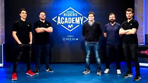 Movistar Riders Academy, la puerta de los amateur al circuito profesional de los deportes