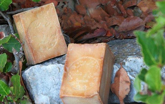 El jabón de Aleppo 100% natural es una de las señas de identidad de Letizia Luzón.