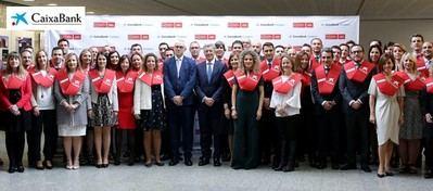 Setenta empleados de CaixaBank se gradúan en la primera promoción del máster en Negocio Bancario y Gestión y asesoramiento de clientes