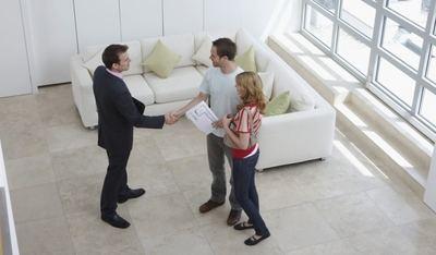 Aumenta la edad media de las personas que deciden vender su piso