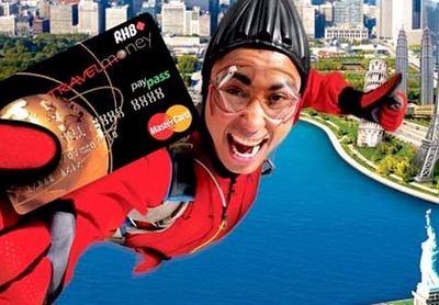 Qué hacer si nos roban las tarjetas en el extranjero y necesitamos efectivo