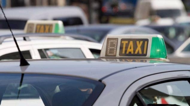 ¿Puede el sector de taxi solventar su futuro?