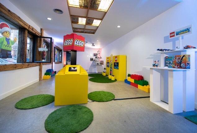 LEGO presenta su apuesta navideña con más de 300 referencias para todas las edades