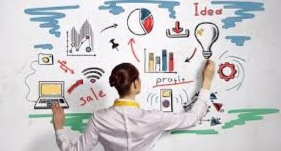 Mujeres y hombres entre 30 y 55 años con alta formación e interés en crear un negocio propio