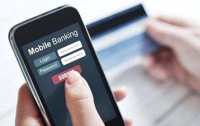 La competición entre las 'fintech' y los bancos online