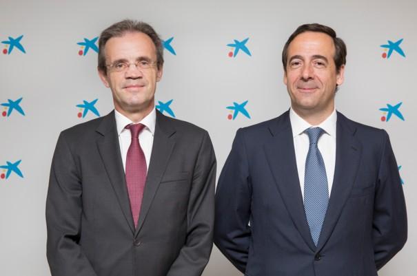 Jordi Gual, presidente de CaixaBank, y Gonzalo Gortázar, consejero delegado de CaixaBank.