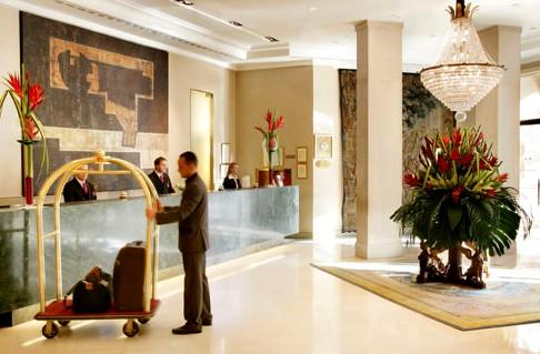 Los hoteleros españoles demandan al Ministerio de Trabajo