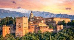 Los andaluces gastarán un 26 % más en viajes por el Puente de Andalucía