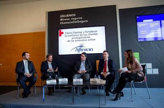 De izquierda a derecha: José Carlos Jiménez,  Alberto Sempere, Santiago Sánchez,  Mikel Zaldibar y Mónica Valle