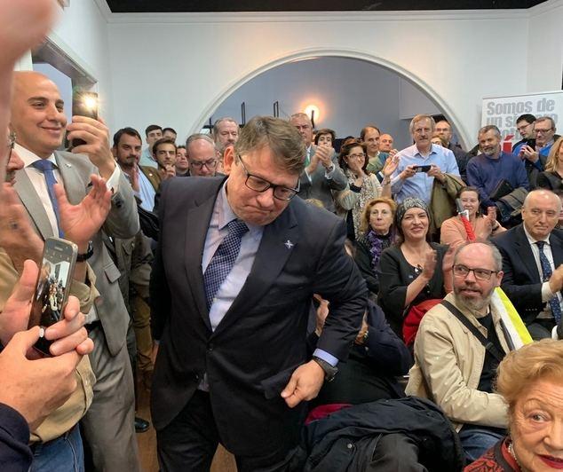 Martín Saenz de Ynestrillas durante su proclamación como candidato al Parlamento Europeo por la coalición ADÑ en un multitudinario acto en Madrid. (Foto: http://elcorreodemadrid.com/)