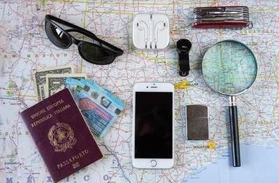 Límites de regalos, permisos para comprar recuerdos y libros vetados: conoce algunas de las restricciones aduaneras más extrañas de algunos países