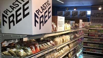 """La cadena Ekoplaza abre en Ámsterdam el primer supermercado """"libre de plásticos"""""""