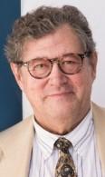 Enrique Calvet es eurodiputado.