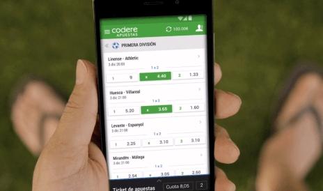 ¿Por qué no hay aplicaciones de apuestas en Android? ¿Cómo puedes descargarlos de todos modos?
