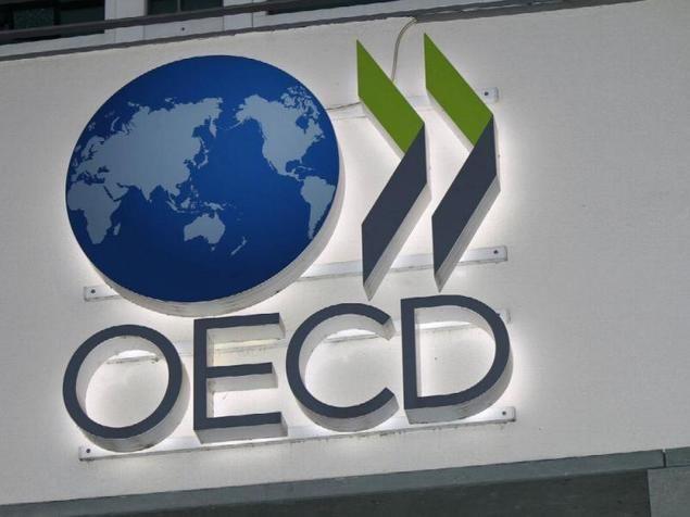 La OCDE recomienda a España subir los impuestos de los combustibles por su impacto medioambiental