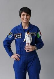 Barbie y la Agencia Espacial Europea se unen para alentar a las niñas a ser la próxima generación de astronautas, ingenieras y científicas espaciales