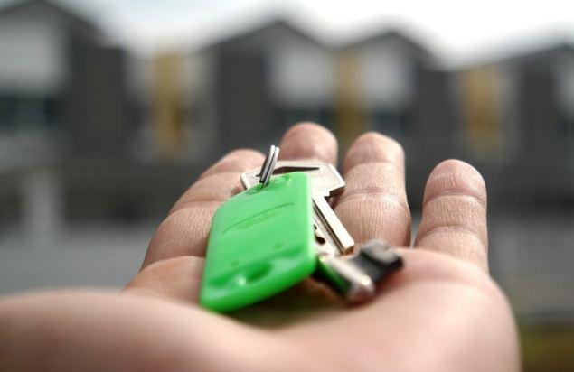 La oferta de pisos de alquiler vacacional se duplica con la llegada del verano