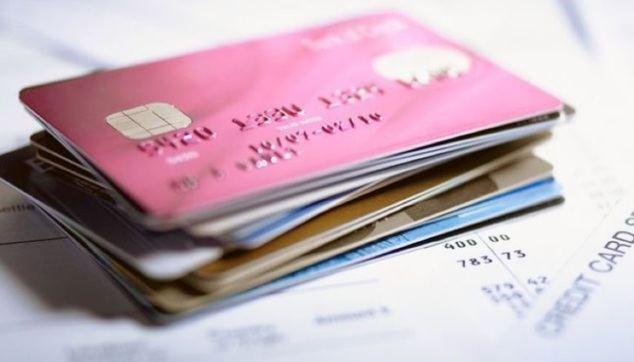Seis cosas que debe saber sobre las tarjetas revolving y que los bancos no le cuentan