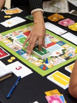 El Instituto de Estudios Financieros y Kidnelis crean un juego educativo de finanzas y consumo responsable para niños mayores de 8 años