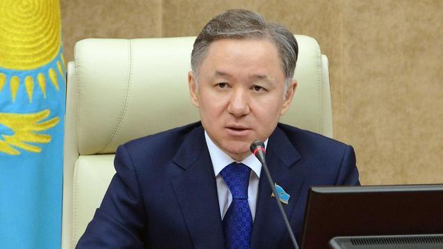 Nurlan Nigmatulin es Presidente del Mazhilis (Cámara baja)  del Parlamento de Kazajstán.