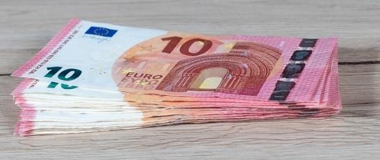 Los españoles piden prestado 2.400€ para abonar recibos pendientes